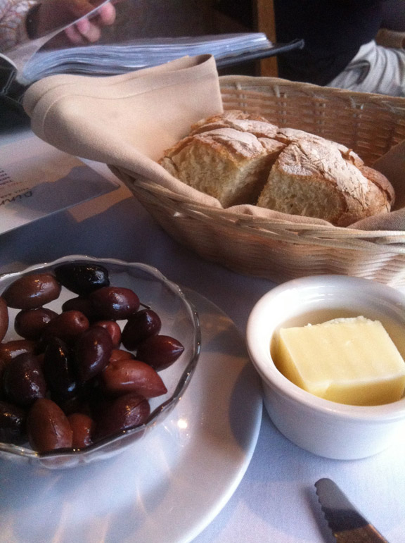 bread_olives