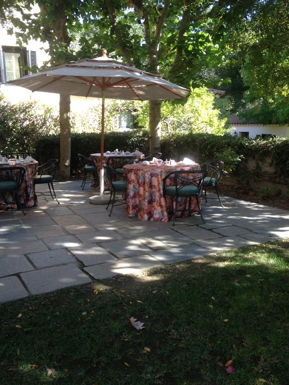 breakfastpatio