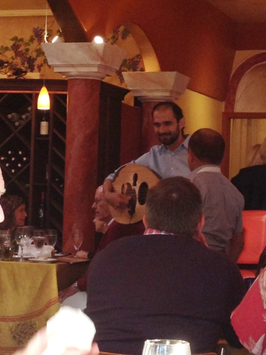musicians during dinner