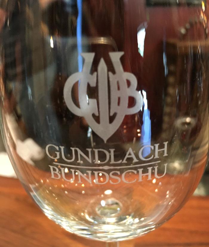 gun-bun-wine-glass